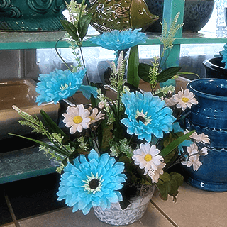 Maries florist blue daisy silk arrangement mightylinksfo